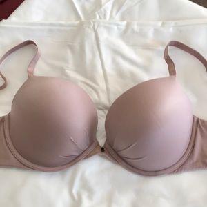 Victoria's Secret Fabulous plunge bra in taupe 38C